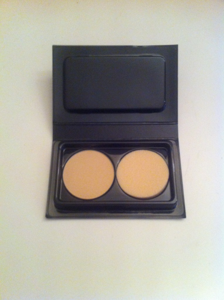 Make up for ever poudre compacte