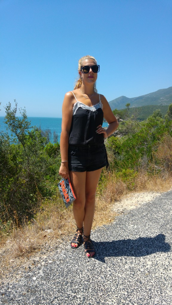 look été, short en jean, short à franges, short rock, short destroy, short boho, primark, spartiates, top dentelle, top lingerie, sinequanone, aeroville, look plage, look été, ootd, tenue du jour, ootn, style d'un jour, blog mode, blogueuse mode, portugal