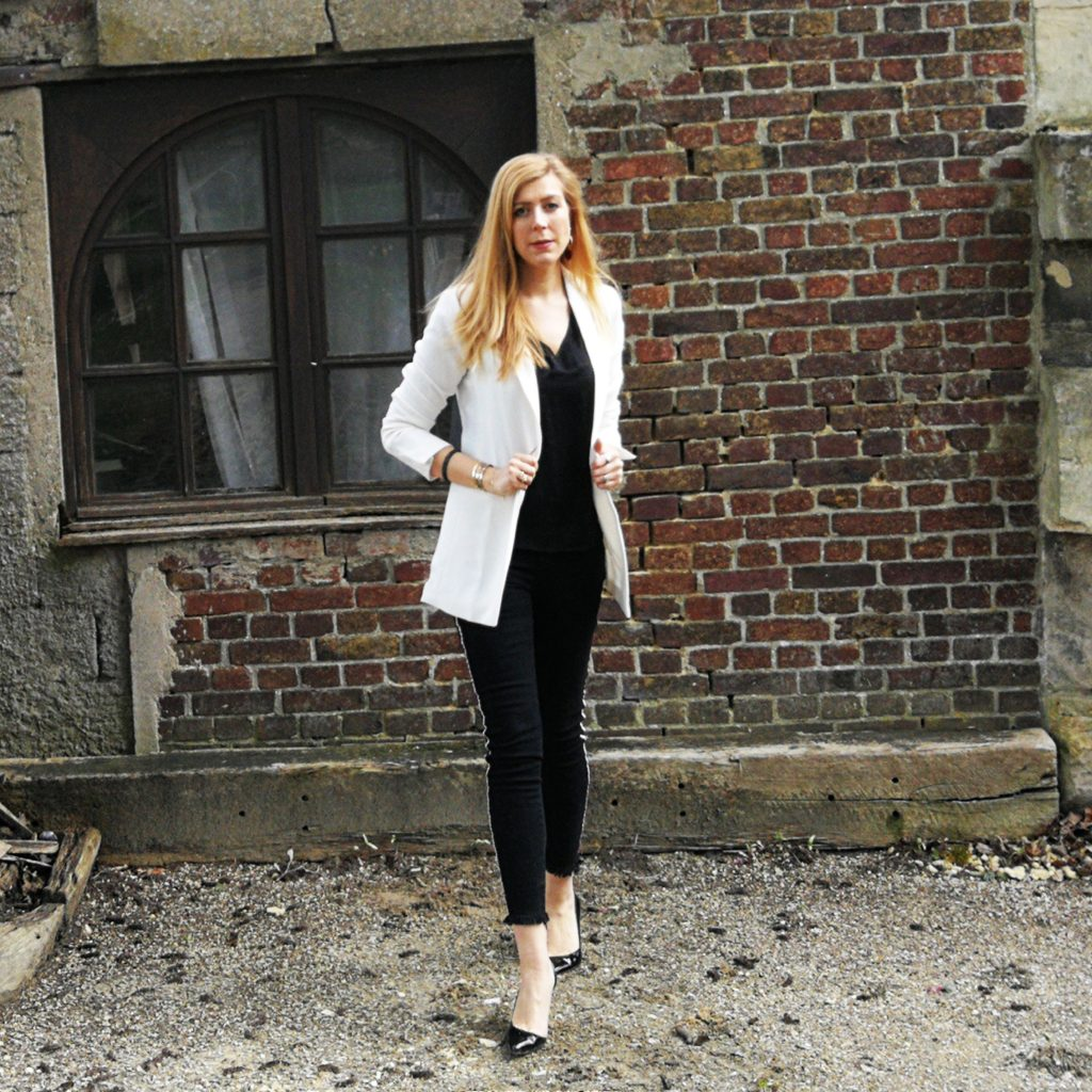 look, tenue du jour, outfit of the day, tenue de soirée, look blazer, jean bandes, jean franges, esacrpins semelle rouge, escarpins vernis, blog mode, blogueuse mode