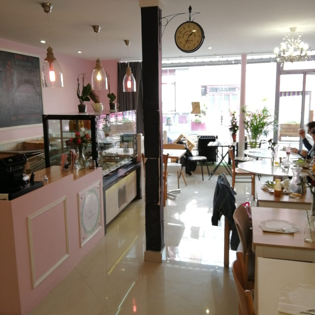 restaurant vegan paris, adresse vegan paris, restaurant glutenfree paris, repas pour allergique paris, repas raw paris, cuisine raw paris, cuisine vegan paris, cuisine sans allergènes paris, avis, test, blog vegan, blog intolerant, raw cakes, paris 14