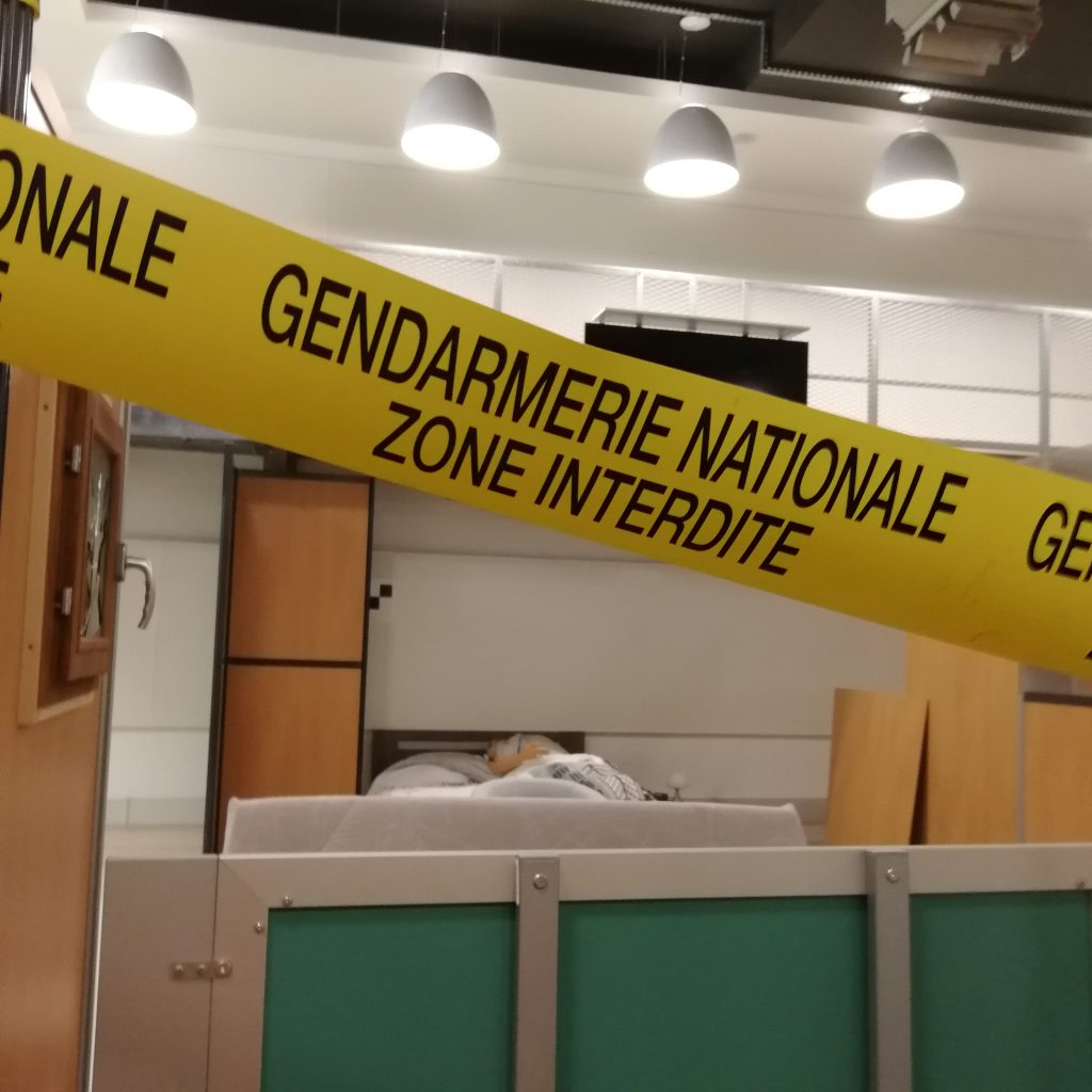 gendarmerie, ircgn, enquete policière, les experts, enquete criminelle, zone interdite, adn, scientifiques, scene de crime, expertise criminelle, blogtrip, voyage blog, enquete criminelle